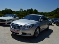 Opel Insignia 2.0 CDTI 130 KS * Cosmo Sportpaket Bi-Xenon LED ecoFlex Navigacija 2xParktronic Max-FULL - New Modell 2012 -