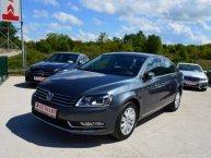 Volkswagen Passat 2.0 CR TDI Design Edition EXCLUSIVE 140 KS Bi-Xenon LED Navigacija 2xParktr. Kamera Max-FULL -New Modell-
