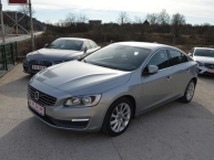 Volvo S60 1.6 D Summum Sport EXCLUSIVE Automatik-Geartronic Navigacija Parktronic Max-FULL LED -New Modell 2015-FACELIFT