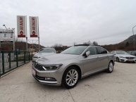 Volkswagen Passat 2.0 CR TDI HIGHLINE SPORT CARAT EDITION Individual Exclusive Navi DVD Panorama Park Assist Max-Voll 110 kW-150 KS -New Modell 2016-