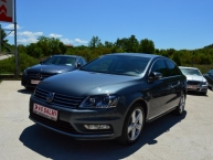 Volkswagen Passat 1.6 CR TDI SPORTPAKET EXCLUSIVE R-LINE Bi-Xenon + LED naprijed i pozadi Navigacija 2xParktronic Max-FULL -New Modell 2014-