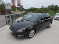 Volkswagen Passat 2.0 CR TDI DSG-Tiptronik HIGHLINE SPORT + CARAT Navigacija 2xParktronic Keyless-Go Max-FUL Modell 2012